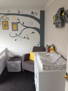 babykamer philippe in grijs, lichtblauw en taupe. met wasmand goat, Deco ideeën
