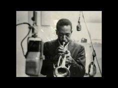 Blue Mitchell fue un trompetista de jazz estadounidense que nació el 13 de marzo de 1930. Fue un gran músico, adscrito al hardbop, que destacaba de manera especial es sus solos. Como otros trompetistas de su época, tuvo en Clifford Brown su fuente de inspiración.