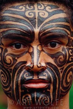 Portrait of a Maori man, Polynesian Cultural Center, Laie, Hawaii | © Art Wolfe  his face is strong, manly, eyes that pierce. A very handsome man.