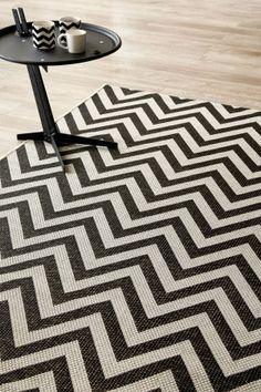Black Herringbone (1.6 X 2.3): Water-resistant, durable poly-propylene woven flatweave (1.6 X 2.3 m). Make a st...