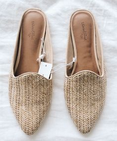 Saturday Target finds 🌿✨ woven shoes, slides, spring shoes, budget flats is part of Shoes - Mules Shoes, Women's Shoes, Shoe Boots, Cute Shoes Flats, Flat Shoes, Shoes Sneakers, Spring Shoes, Summer Shoes, Mode Style