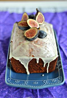 Fig Almond Tea Cake Recipe - Fresh figs in the fall make this easy loaf cake is a seasonal smash hit!