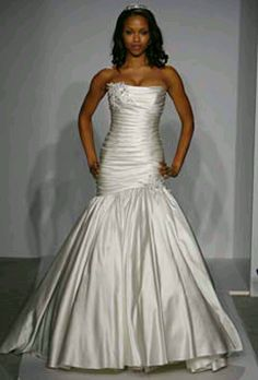 Loving this Pnina Tornei Wedding gown