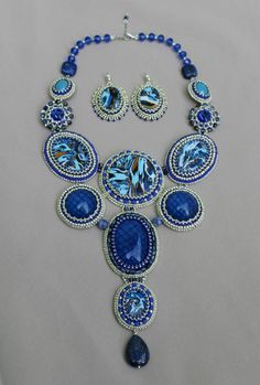 Blue Picasso. Picasso Collection. Made by Roxana Bacila. Fb: Beadwork by Roxana Bacila