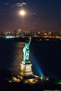 The Statue of Liberty is located on the same island, 3 kilometers from Manhattan. Photography - Beautiful Aerial View of New York City New York From Above, Places To Travel, Places To Go, Earth City, New York Photography, Street Photography, Washington Square Park, New York City Travel, City Aesthetic