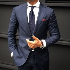 Simply, understated, effective.. #Bespoke #MadeToMeasure #TailorMade #MenWithClass #MenWithStyle #StyleInspiration