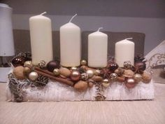 172 trend simple rustic winter christmas centerpiece page 74 Christmas Advent Wreath, Christmas Candles, Christmas Centerpieces, Christmas 2017, Rustic Christmas, Xmas Decorations, All Things Christmas, Winter Christmas, Christmas Time