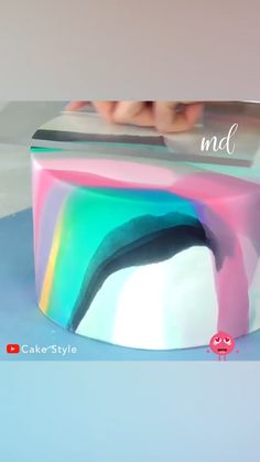 A marble cake is always welcomed! Cake Decorating With Fondant, Creative Cake Decorating, Cake Decorating Designs, Cake Decorating Videos, Cake Decorating Techniques, Anniversary Cake Designs, Anniversary Cakes, Marbel Cake, Birthday Drip Cake
