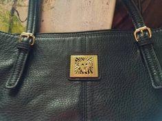 Unbelievable  Anne Klein bag  https://www.etsy.com/listing/474210131/huge-anne-klein-genuine-leather-tote