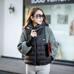 Stricken : 2016 ladies winter outerwear knit bat sleeve short duck down hat jacket coat Winter Outfits Women, Winter Jackets Women, Fall Jackets, Coats For Women, Clothes For Women, Women's Jackets, Knitted Jackets Women, Hooded Winter Coat, Hooded Parka