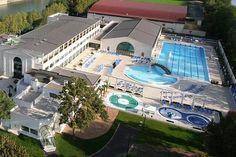 Vue aérienne de la piscine de Puteaux