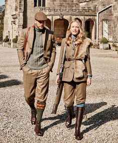 Classic Breeks with Velcro adjustable Cuff in Acorn Blue English Country Fashion, British Country Style, English Style, English Gentleman, Gentleman Style, Country Attire, Country Outfits, Dandy Look, Countryside Fashion