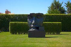 Garden sculpture by Hollander
