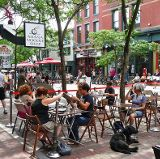 American city dwellers place a high value on their cities' food offerings, from restaurants to farmers' markets.  We also love historic buildings and good public spaces.  Traffic, not so much.  These findings are from a new study released last week by Sasaki Associates, a Massachusetts-based design and planning firm.