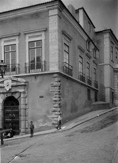 Palácio dos Condes da Figueira, Calçada da Graça