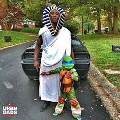 #Repost @jezrael_hood  Me and my lil man Ramses costumed up and ready to party #letsgetit #theexclusivetrainer #blackdads #urbndads #blackFathers