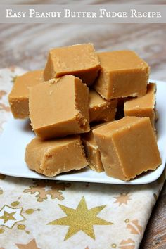 EASY PEANUT BUTTER FUDGE RECIPE | @RecipeGirl {recipegirl.com} {recipegirl.com}