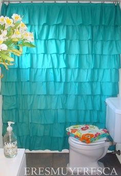 Ba os y accesorios on pinterest ruffle shower curtains for Accesorios para cortinas de bano