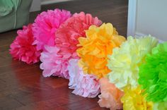Whats floaty and flirty, bold yet delicate, the perfect addition to your next party...Tissue Pom Poms! These poms are sure to be the statement
