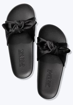 Excellent condition worn only once Vs Pink Slides, Bow Slides, Pink Sandals, Women's Shoes Sandals, Heels, Pink Sports Bra, Victoria Secret Pink, Bows, Accessories