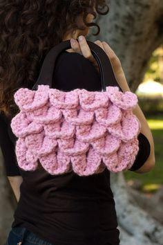 crochet crocodile stitch purse. Must make in black and orange or in grey