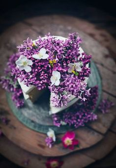 Lavender wedding cake.