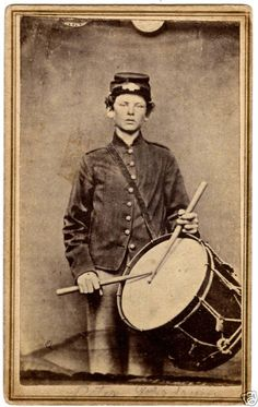 revoltedstates: Drummer boy, 33rd Illinois Infantry. Source.