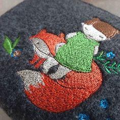 Трохи ближче - косметичка 15х24см дно 5см #embroiderymachine #embroidery #madeinukraine #lviv #kaistra #clutchbag #fox