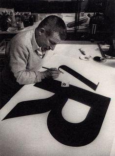 Paul Renner (Prúsia, 1878 - Munich, 1956). Diseñador gráfico, tipógrafo, pintor y profesor.
