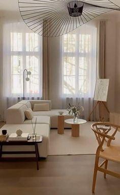 Beige Living Rooms, Boho Chic Living Room, Living Room Mirrors, Curtains Living, Home Living Room, Cafe Interior, Apartment Interior, Room Interior, Interior Decorating
