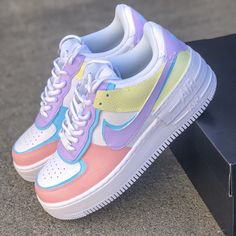 Dr Shoes, Cute Nike Shoes, Swag Shoes, Cute Nikes, Nike Air Shoes, Hype Shoes, Shoes Cool, Sneakers Outfit Nike, Women's Nike Sneakers
