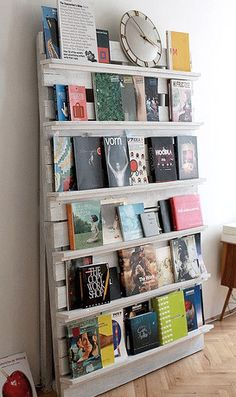 Wooden pallet - white painted upcycled bookshelves.  Please read my (A) & (B) pin on how to tell if a pallet has been sprayed with insecticide, before using one to make indoor furniture.