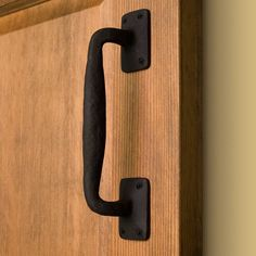 Black Gates Tapping Screws Included Sheds Garages - 7-inch High-Quality Steel with Smooth Edges Rustic Door Pull for Barn Doors Kare /& Kind 1x Barn Door Handle