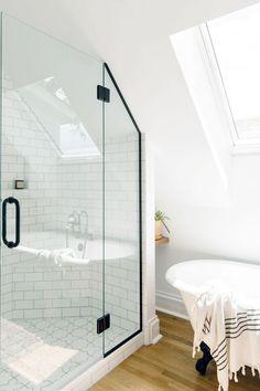 Hand Painted Kasbah Trellis Tile Bathroom | Fireclay Tile