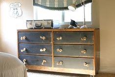 Plain dresser