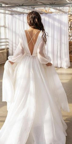 Country Wedding Dresses, Long Wedding Dresses, Bridal Dresses, Evening Dresses For Weddings, Organza Wedding Dresses, Wedding Dress Simple, Reception Dresses, Relaxed Wedding, Stunning Wedding Dresses