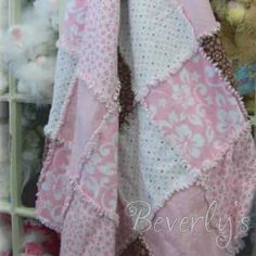 How-to make a rag quilt - video  I saw something like this in a shop and it was very expensive
