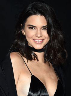 Kendall Jenner Shares Hot New Bikini Photo to Support a Good Cause Kendall Kardashian, Kardashian Jenner, Kendall Y Kylie Jenner, Jenner Hair, Jenner Girls, Jenner Sisters, Kaia Gerber, Bikini Photos, July 14