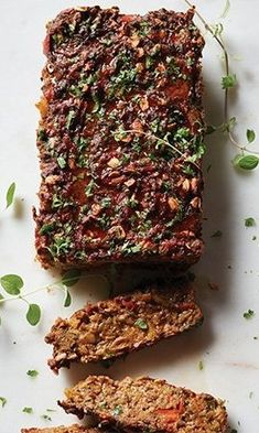 An all-veggie entrée for your Meatless Monday menu. Veggie Meatloaf, Vegetarian Meatloaf, Meatloaf Recipes, Vegetarian Recipes, Healthy Recipes, Healthy Eats, Healthy Foods, Vitamix Recipes, Alkaline Diet