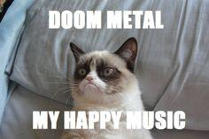 Grumpy cat loves doom music