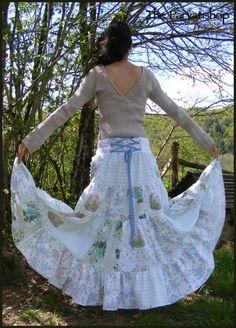 Maxi skirt jupe bohème Sarah Kay upcycled ecofriendly patchwork de la boutique theparvatishop sur Etsy