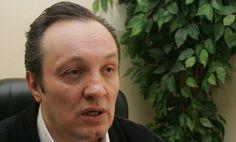 "Опозиција или ""о мом разлазу са Дверима"" - http://www.vaseljenska.com/misljenja/opozicija-ili-o-mom-razlazu-sa-dverima/"