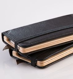 Little Pocket Book for iPhone 5S from www.padandquill.com