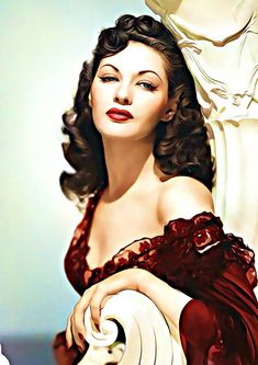 Old Hollywood Stars, Old Hollywood Glamour, Hollywood Walk Of Fame, Classic Hollywood, Yvonne De Carlo, Classic Actresses, Hollywood Actresses, The Most Beautiful Girl, Beautiful Women