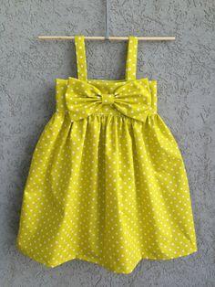 White Pin Dot on Citron Yellow baby toddler dress // Organic Cotton via Etsy Baby Girl Dress Design, Girls Frock Design, Kids Frocks Design, Baby Frocks Designs, Dress Girl, Kids Dress Wear, Toddler Girl Dresses, Girls Dresses Sewing, Baby Dresses