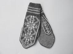 Herre Snorre votter i grått og krem Mitten Gloves, Mittens, Socks, Knitting, Fingerless Mitts, Tricot, Breien, Fingerless Mittens, Sock