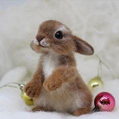 Новогодний рыжик. Очень позитивный малыш получился. Ребенок при доме. Sold. #кролик #крольчонок #зайка #сухоеваляние #валяныеигрушки #творчество #подарок #новогоднийподарок