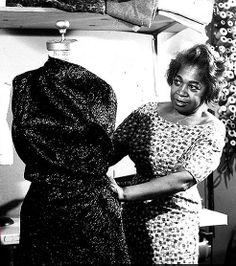 Fashion legend, Zelda Wynn Valdes, was the first African-American designer to open her own shop. Take a peek: http://www.aksworld.net/2012/02/02/designer-zelda-wynn-valdes/