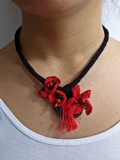 Black And Red Crochet NecklaceNeedlepoint by SESIMTAKI on Etsy