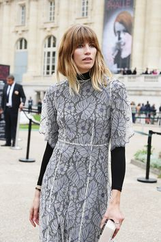 Stunning. #VeronikaHeilbrunner floral gown. Paris